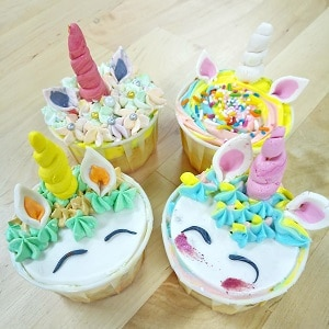 Basic Fondant Cupcakes