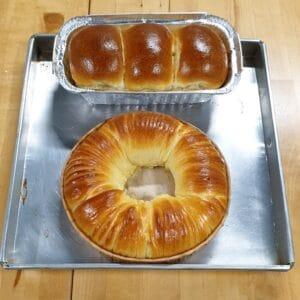 Wool Roll Bread and Hokkaido Milk Loaf